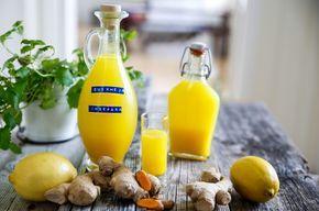 Gurkmeja, Ingefära, apelsin, citron, honung med mera  Gör ett enkelt shot som håller doktorn borta! Förbli  FRISK!