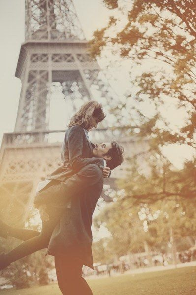 Need to go back to Paris and take a picture like this. :/