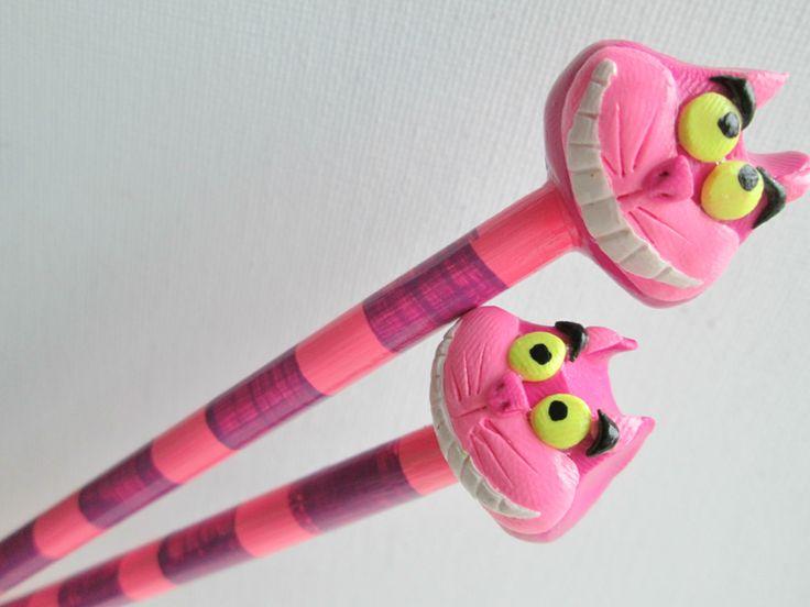 Cheshire Cat Knitting Needles Alice in Wonderland by DotDotSmile