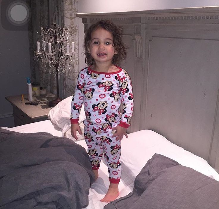 Jessie James Decker baby girl Vivi