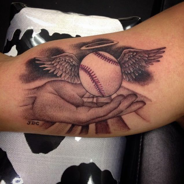 mind-blowing-3d-cross-badeball-with-angel-wings-tattoo-on-bicep.jpg (636×636)