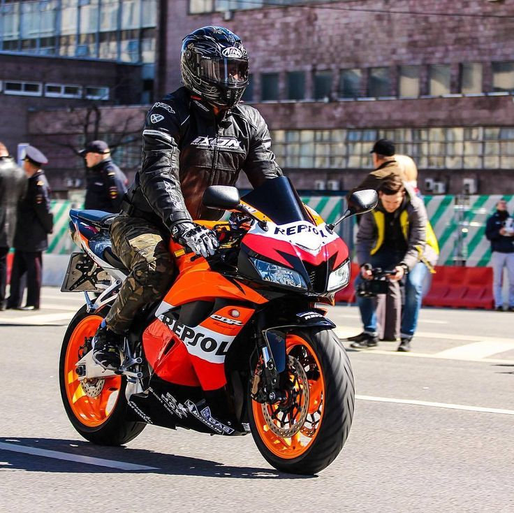 Honda Motor Company, #Motorcycle Repsol Honda Team, Honda CBR series, #HondaCBR250RR #HondaCBR1000RR #HondaCBR600RR Superbike racing - Follow @extremegentleman for more pics like this!