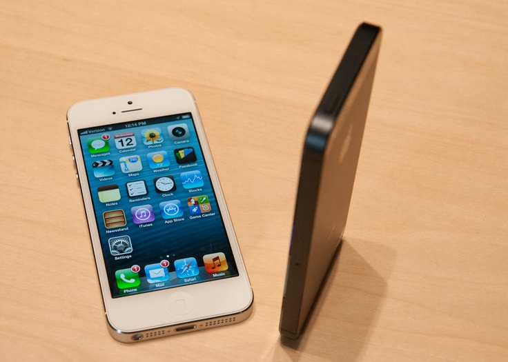 AnandTech - iPhone 5 Hands On Pics and Video - Updated: With Impressions: Iphone 5S, Impressions, Pics, Hands, Updated, Apple, Videos
