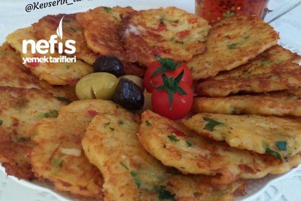 Kahvaltıya Biberli Peynirli Patates Mücver