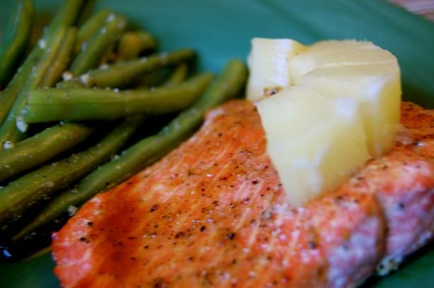 Applebee's Honey Grilled Salmon. Top Secret recipe. It's all about the sauce with this one. This sweet, tangy and slightly spicy sauce goes perfectly with salmon, but can also be used on chicken or ribs.