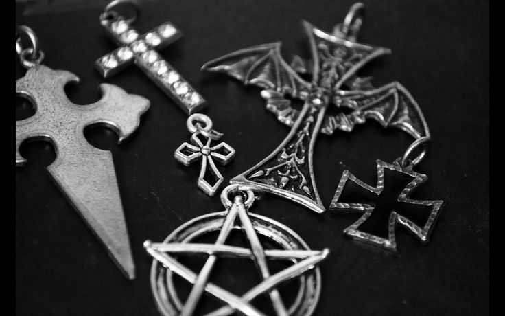 Occulte pendants from a market, Prague 2015.