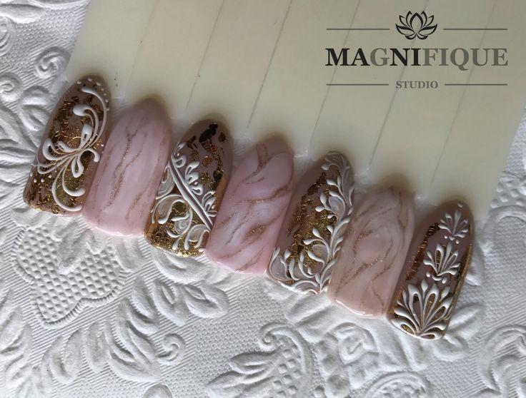 Nail Art naildesign Gold white Rose Quartz Nails