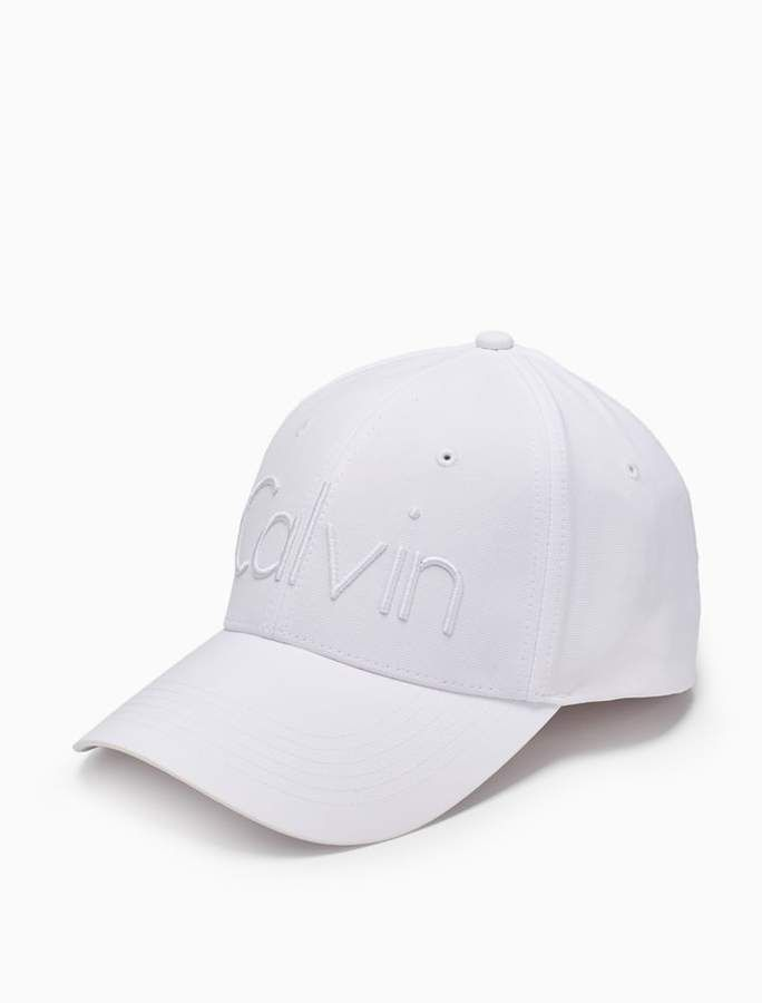 best loved 71769 f78fe Calvin Klein 3d embroidered logo cap