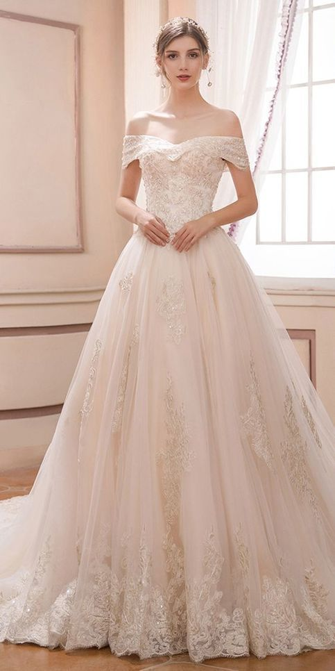 Romantic Tulle Wedding Dress with Beaded Lace Appliques Bridal Gown