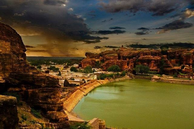 #Badami The historic city of Badami is known for its rock cut cave temples that are globally renowned. One who always has an eye for old architecture, cultural diversity and traditional arts, then Badami is the place to be. It has monuments, temples and forts that are as old as the 5th century, when the Chalukya clan ruled this land. #Karnataka