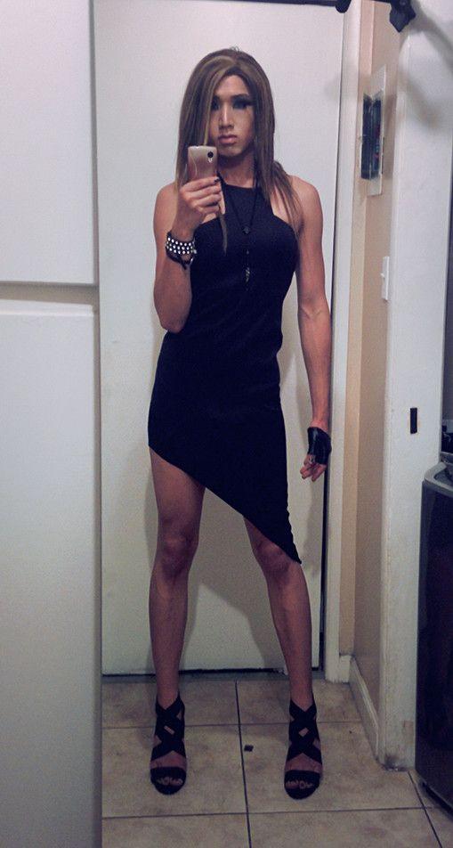 Hermosa chica en pantimedias negro 1