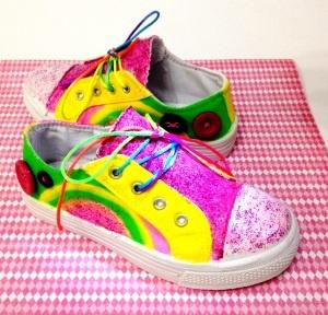Bling it On! Crafty kids shoes. www.twiggynest.wordpress.com
