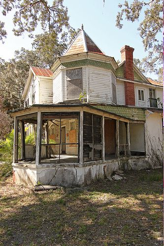 Abandoned house in Brevard County, Florida. This Queen Anne-style home was built in 1896 but has been abandoned for decades