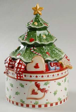Christmas Tree Cookie Jar- VILLEROY/BOCH Winter Bakery Delight at Replacements, Ltd