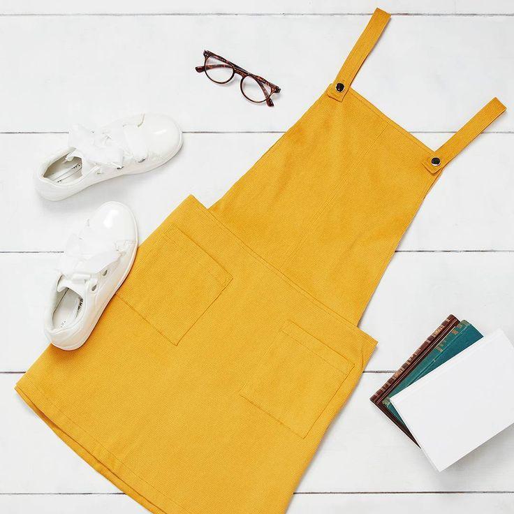 "76.9 mil curtidas, 947 comentários - Primark (@primark) no Instagram: ""Saturday #ootd🌻Dress €16/$18, Shoes €16/$18 (Available in: 🇮🇪 🇫🇷 🇮🇹 🇪🇸 🇵🇹 🇺🇸) #Primark #fashion…"""