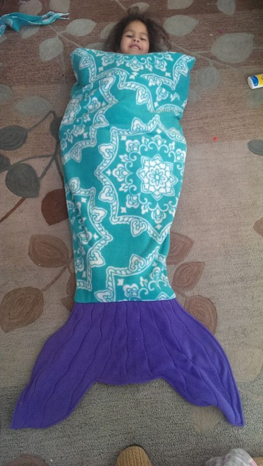 Quick DIY Sewing Mermaid Tale Fleece Blanket from a great FREE pattern from Maid from Mermaids. Sewing PDF with Tutorial