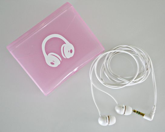 Q-tips ear bud case