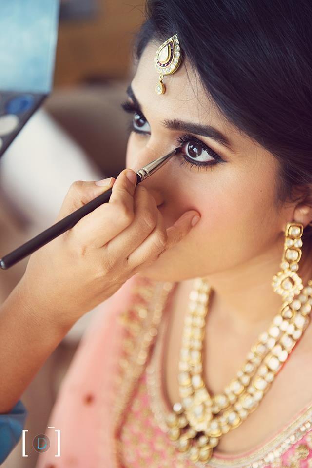 In the process of creating beauty! Photo by Dhanika Choksi Photography, Gurgaon #weddingnet #wedding #india #indian #indianwedding #weddingdresses #mehendi #ceremony #realwedding #lehenga #lehengacholi #choli #lehengawedding #lehengasaree #saree #bridalsaree #weddingsaree #photoshoot #photoset #photographer #photography #inspiration #planner #organisation #details