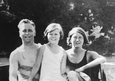 Scott, Scottie, and Zelda Fitzgerald, ca. 1930