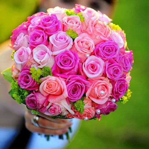 Gorgeous rose bouquet with pearl accents