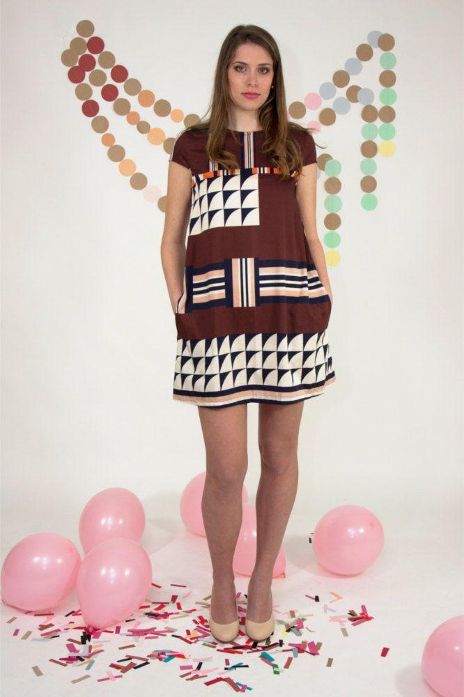 abito corto linea a trapezio con stampa geometrica stile anni '60 di Pochettecouture su Etsy