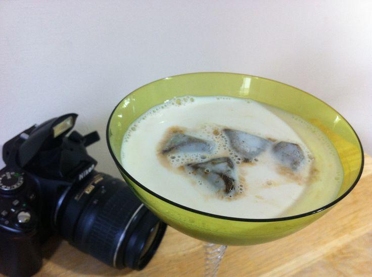 Buzlu Kahve ve Süt