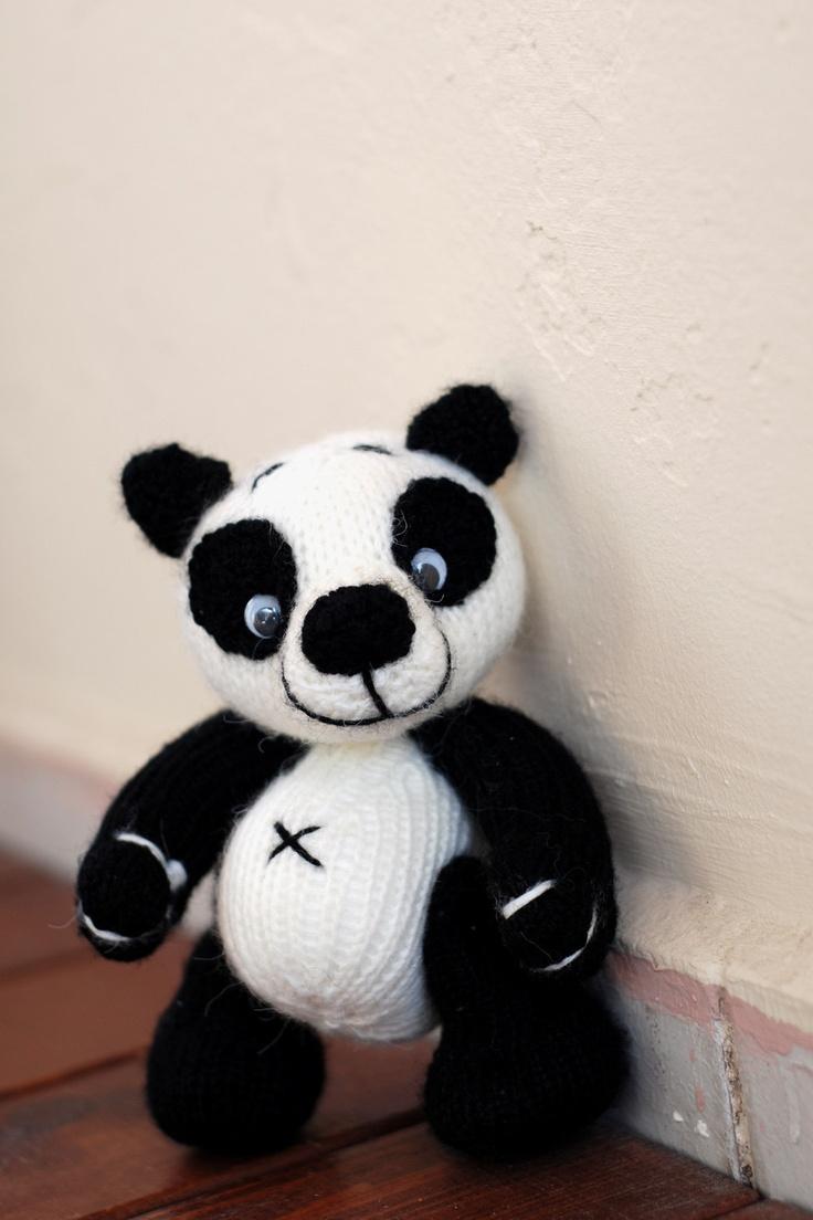 Small Panda Bear - knitting pattern (knitted round ...