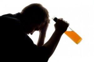 Dependența de alcool: Pericol extrem pentru individ și pentru societate