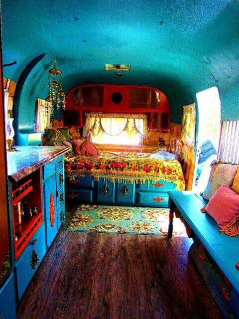 ☮ American Hippie Bohéme Boho Lifestyle ☮  Remodeled School Bus .. small or tiny house.