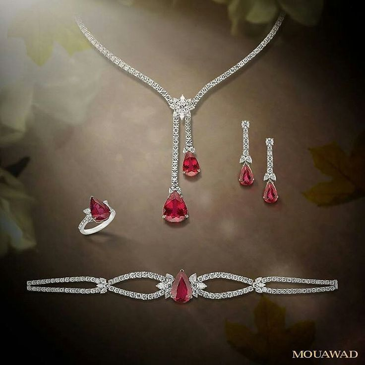 Beautiful pear-shaped #rubellite and white #diamonds #suite by @mouawadjewelry