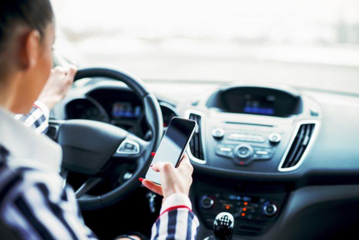 Un système qui détecte si vous envoyez des sms au volant