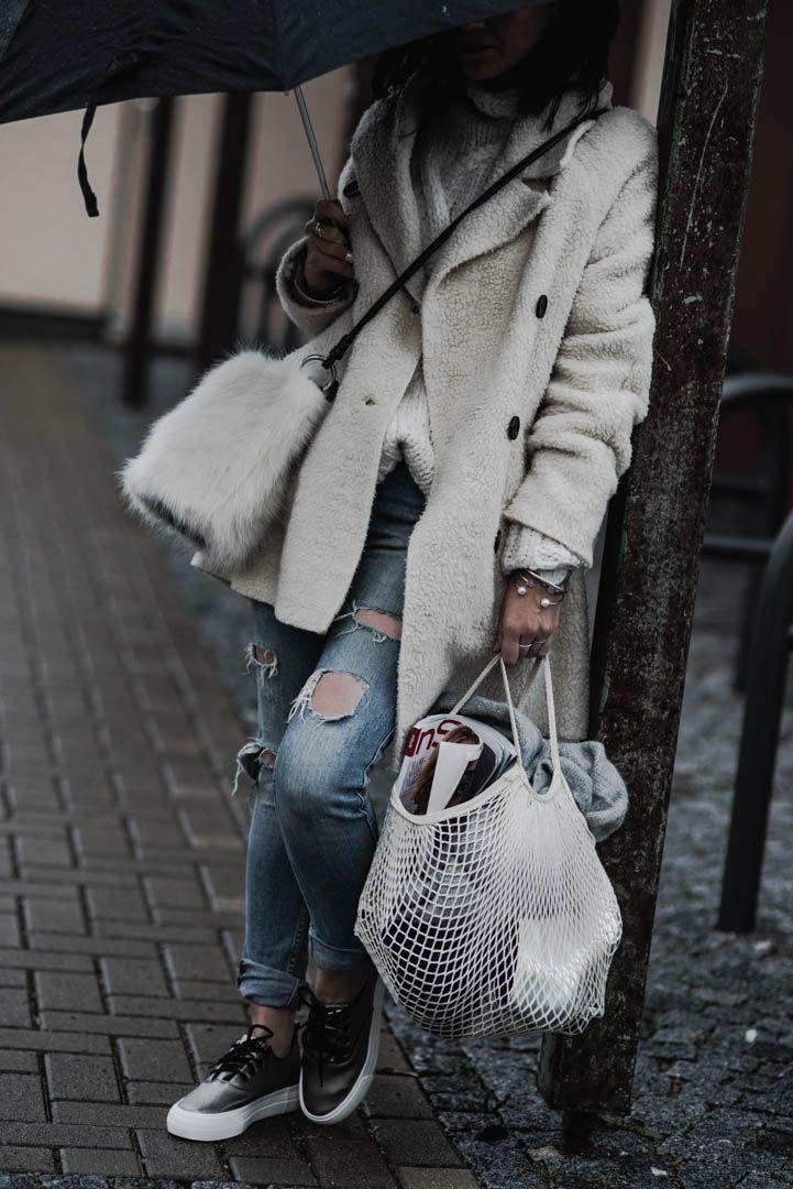 Die wichtigsten Basics für den Winter | | Outfit, Look, Winteroutfit, Styling, Fashionblogger, OOTD | https://juliesdresscode.de | Julies Dresscode Fashion Blog |