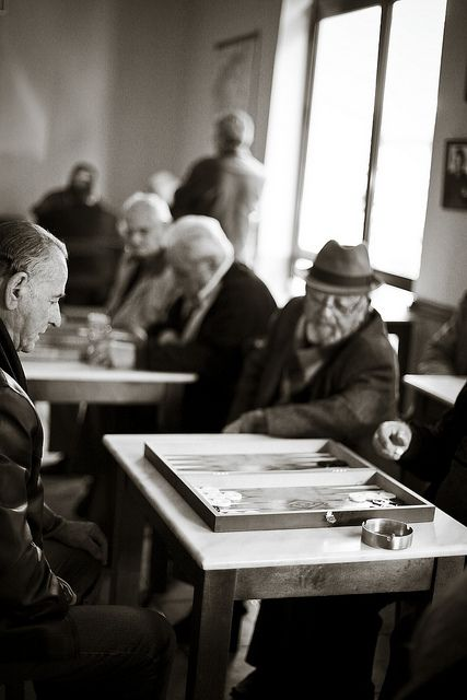 Old Greek men playing Backgammon in Greece. So cute! Tavli lol
