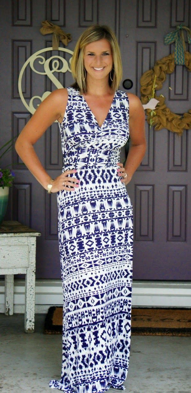 Stitch Fix Review // Kind of love this, but need to see the back. Colors are spot on!