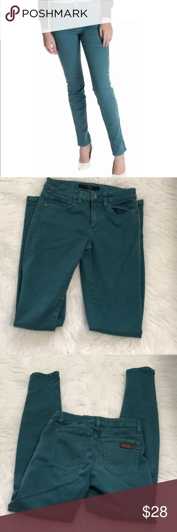 """Joe's skinny visionarie teal jeans These jeans are transitional for spring or fall, pair them up with pumps or boots. Size 25 which fits 0-2 inseam is 31"""" Joe's Jeans Pants Skinny"""