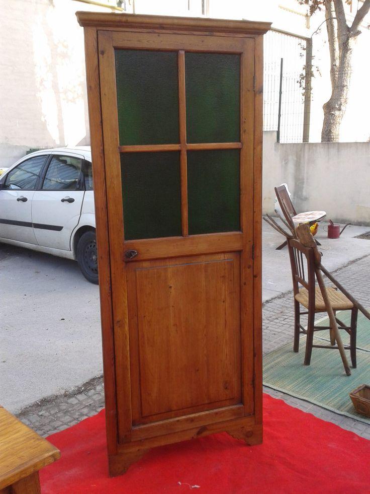 rinconera construida con puerta de despansa........