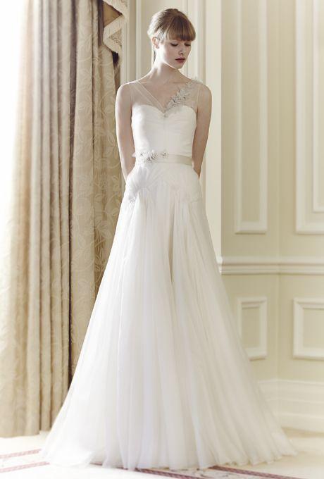 すらっと広がるAラインシルエットが美女を引き立てる♪ ジェニーパッカムの花嫁衣装・ウエディングドレス一覧☆