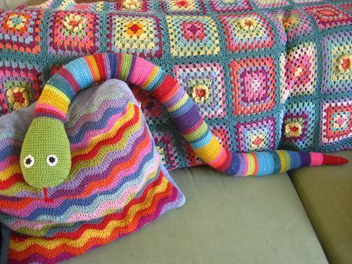 una serpiente al crochet