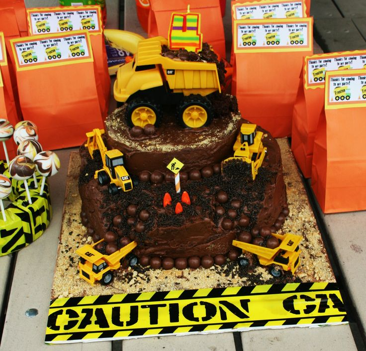 construction birthday cake-like the whoppers for stones
