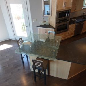 Glass Table Top Replacement Milwaukee | Glass Shelves | Bathroom Vanity Mirrors | Custom Cut Glass Wisconsin | Beveled Mirrors | BGS Glass Services LLC Waukesha, Wisconsin