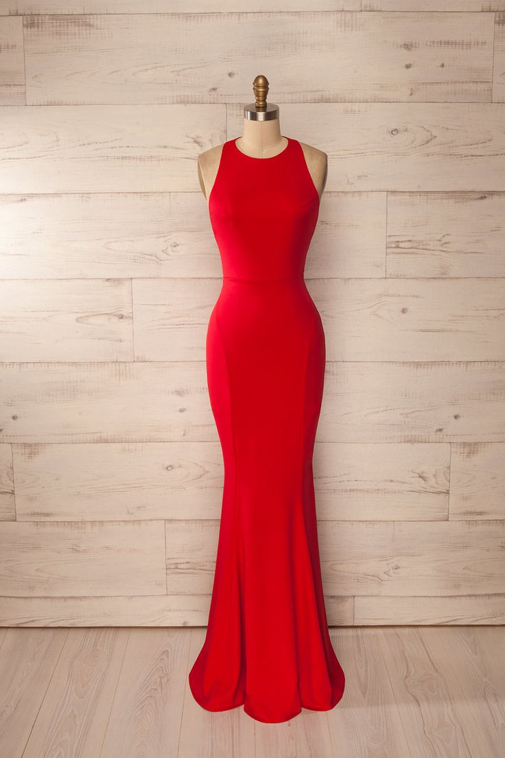 Robe longue licou rouge sans manches, ajustée, dos ouvert, silhouette sirène - Red halter sleeveless fitted open back mermaid maxi dress