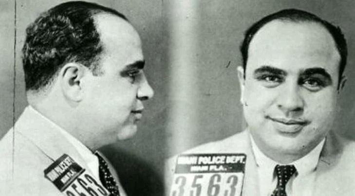 PORTRET: Al Capone – cel mai faimos gangster din istorie