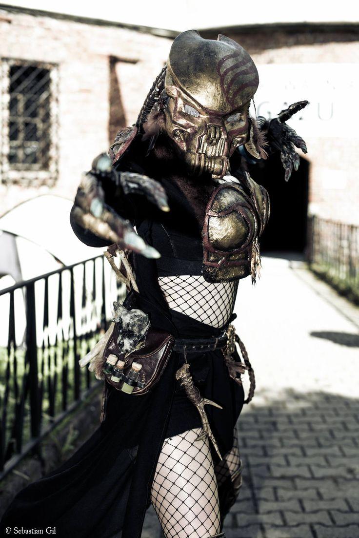 Dni Fantastyki 2016 Female Predator Cosplay