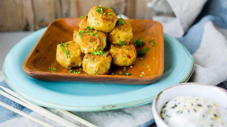 Sunn falafel: Kikertboller med tahini- og yoghurtdipp