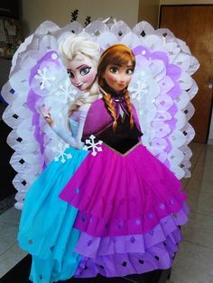 Piñata De Frozen - Bs. 2.600,00 en MercadoLibre
