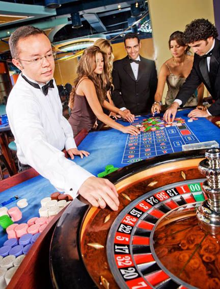 rent casino royale online casino com