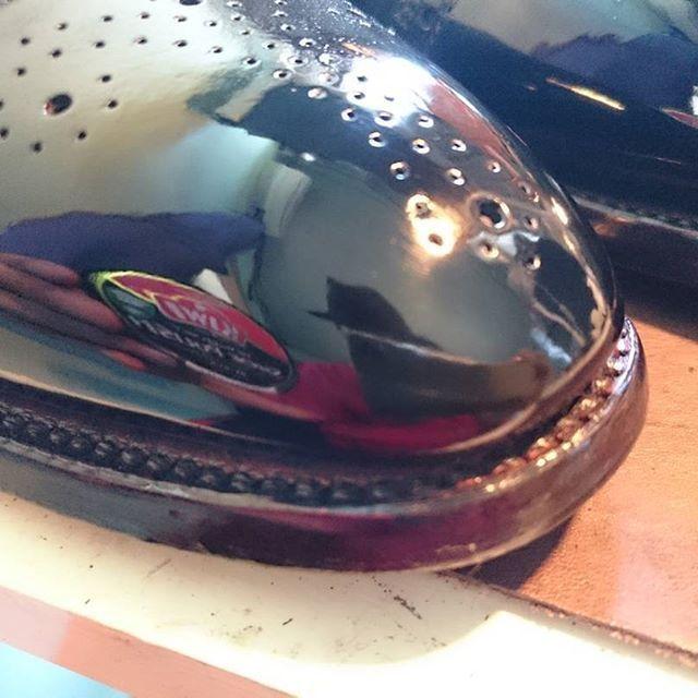 2017/06/29 14:51:30 william_tempson ブログ更新致しました! フルメンテナンスの全工程をお見せ致します! プロフィールのリンクからブログに飛べます!  #アメブロ #靴 #革靴 #靴磨き #鏡面磨き #足元倶楽部 #ShoeShine #スコッチグレイン #オールデン #リーガル #コードバン #モデル #インテリア #メイク #ヘアアレンジ #ネイル #mirrorshine #東京 #お洒落さんと繋がりたい #表参道 #コーディネート #ファッション #女子会 #猫 #トイプードル #チワワ #自撮り #洗車 #ドラゴンボール #ロードバイク