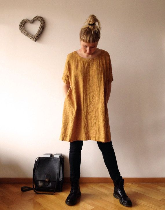 Lovely oversized linen tunic with pockets and half length sleeves for everyday wear. This loose tunic is perfect with trousers and leggings or to