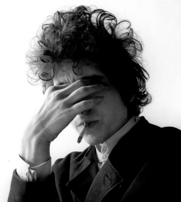 Bob Dylan by Jerry Schatzberg #portraitphotography #monochromatic