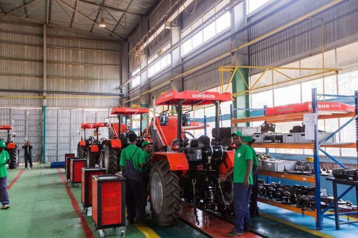 URSUS dostarczy ciągniki, maszyny rolnicze, oprzyrządowania i części zamiennych do Zambii -  23 marca 2017 r., w obecności Ministra Finansów, Felixa Mutati na wniosek Prezydenta Republiki Zambii, Jego Ekscelencji Edgara Chagwy Lungu oraz Członków Rządu Republiki Zambii, URSUS S.A. podpisał z firmą Industrial Development Corporation (IDC) umowę na dostawę 2694 ciągników i 2509 maszyn... https://ceo.com.pl/ursus-dostarczy-ciagniki-maszyny-rolnicze-oprzyrzadowan